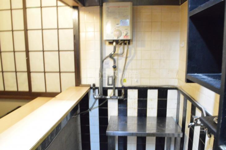 湯沸器、ガスコンロ台の画像